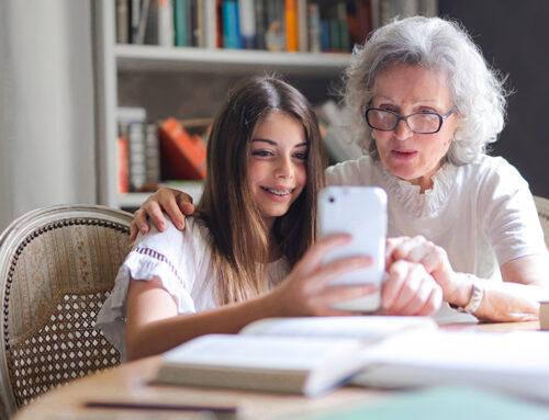 Oma mag niet zomaar foto's van kleinkinderen op social media plaatsen